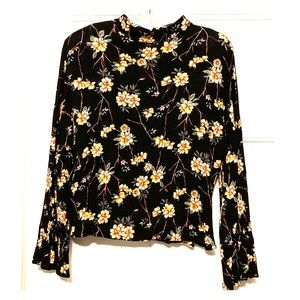 ❄️Floral Mock-Neck Blouse w/ Bell Sleeves